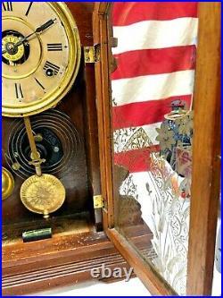 Antique 1900s Seth Thomas Alarm 8 Day Mantle Clock w Key