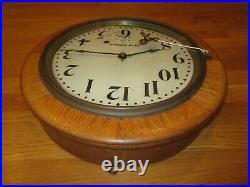 Antique Seth Thomas Gallery 16 Round Wall Clock 8-day, Time/strike