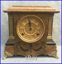 Big antique Seth Thomas american clock 19th century 1880 wood brass with key