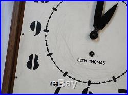 Old Antique ART DECO Oak SETH THOMAS Schoolhouse WALL CLOCK -RUNS
