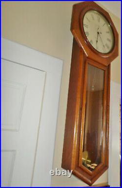 Seth Thomas Antique Regulator No. 18. Solid Oak Wood Wall Regulator Clock